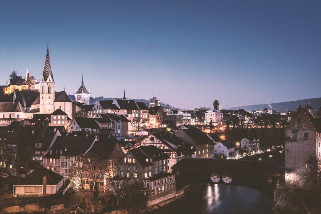 Spedizione pacchi in Svizzera – Spedire Oggi